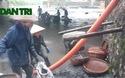 Quảng Ninh: Người dân đua nhau đi vớt than sau lũ quét