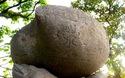 Nghiên mực ở đâu trong quần thể di tích đền Ngọc Sơn ở hồ Gươm?