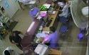 Người nhà bệnh nhân hành hung bác sĩ bệnh viện Bạch Mai