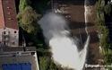 Mỹ: Vỡ đường ống, nước phun xối xả giữa phố