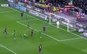 Suarez ấn định thắng lợi 5-0 cho Barca trước Levante