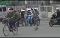 """Phe vé """"găm hàng"""" đợi thời cơ kiếm lời trận Việt Nam - Man city"""