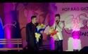 Long Nhật, Quang Hà thân mật trên sân khấu