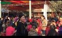 Hàng ngàn người xếp hàng nhận thẻ ấn Quang Trung Linh Tự