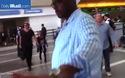 Angelina Jolie và gia đình nổi bật tại sân bay
