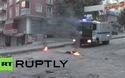 Bom xăng, vòi rồng bay vùn vụt tại Thổ Nhĩ Kỳ