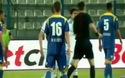 Cầu thủ bị ném đá vỡ đầu ở cúp châu Âu