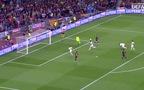Messi biến Boateng thành trò hề trước khi dứt điểm tung lưới Neuer