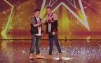 """Cặp đôi chinh phục giám khảo Britain's Got Talent bằng bài hát """"Hope"""" cảm động"""