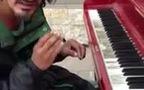 Bản Piano ngẫu hứng của người đàn ông vô gia cư