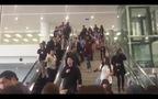Độc quyền: Zoom cận mặt các thành viên EXO tại sân bay Nội Bài