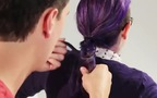 Trải nghiệm khó đỡ: Khi con trai thử sức tết tóc cho bạn gái