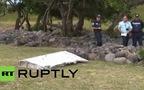 Mảnh vỡ máy bay nghi của MH370 trôi dạt lên đảo Ấn Độ Dương