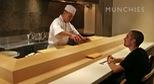 Xem đầu bếp Nhật Bản chế biến và hướng dẫn ăn Sushi đúng cách