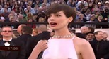 Oscar 2013: Anne Hathaway din thit k Prada thanh lch v&#224; qu&#253; ph&#225;i