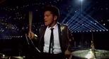 """Cùng """"sởn da gà"""" nghe Bruno Mars biểu diễn"""