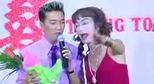 Dân mạng lan truyền clip Đàm Vĩnh Hưng hát đám cưới