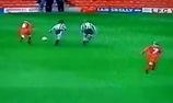 Rooney ghi bàn đẳng cấp khi là một cậu bé 10 tuổi