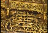 Cổng làng tự truyện: Sơn son thiếp vàng