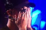VMAs 2015: Justin Bieber bật khóc sau khi biểu diễn