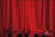 """AMAs 2015: Selena """"bốc lửa"""", Justin tắm mưa trên sân khấu hát về nhau"""