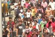 Người nhập cư đi bộ 170 km từ Hungary sang Áo