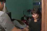 Phẫn nộ với clip bé trai 15 tháng tuổi bị cô giáo trói chân tay, nhét giẻ vào miệng
