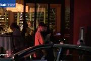Justin Bieber và Selena Gomez sánh đôi trên phố tối 20/11