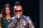 "2009 Victoria's Secret Fashion Show: ""Meet Me Halfway"" - The Black Eyed Peas"