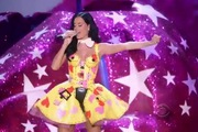 "2010 Victoria's Secret Fashion Show: ""Hot N Cold"" - Katy Perry"
