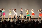 "Màn cover dance ""Roly Poly"""