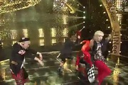 "Inkigayo: ""Why So Serious?"" - SHINee"