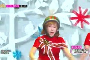 "Music Core: ""Lonely Christmas"" - Crayon Pop"