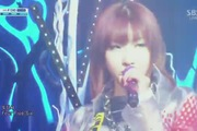 "Inkigayo: ""Come Back Home"" - 2NE1"