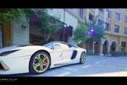 Lóa mắt ngắm nhìn siêu xe Lamborghini Aventador Roadster độ bằng vàng thật