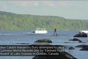 Lướt trên mặt hồ bằng ván bay hoverboard, lập kỷ lục thế giới mới