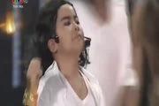 Gương mặt thân quen nhí: Phần cải trang Michael Jackson của Gia Bảo - Thúy Uyên