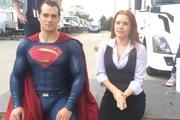 Superman cũng hào hứng tham gia Bucket Challenge