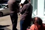 Xếp hàng dài đằng đẵng đợi mua iPhone 6 tại New York