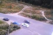 Nữ tài xế điên cuồng đâm xe khác để trả thù