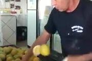 """""""Fruit Ninja"""" phiên bản đời thực"""