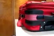 Cảnh giác: Chiêu trò mở khóa vali không để lại dấu vết