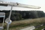 Xuất hiện video cơ phó Germanwings lái tàu lượn bay trên bầu trời