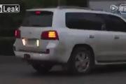 Ô-tô gây tai nạn rồi bỏ chạy, người dân phẫn nộ ngăn chặn