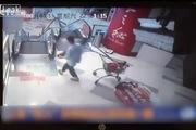 Trung Quốc: Lại thêm một vụ tai nạn do cầu thang cuốn gây sốc