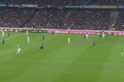 PSG rút ngắn khoảng cách điểm với đội đầu bảng