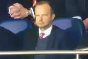 """Giám đốc thể thao Man United chửi cầu thủ nhà là """"phí cả tiền"""""""
