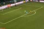 Europa League 2014/15: Leonardo Bertone ấn định chiến thắng 2-0 cho Young Boys