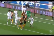 "Phil Jones bị Abel Hernandez hạ ""knock-out"""