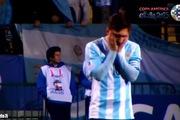 Biểu cảm thú vị của Messi khi nhìn đồng đội đá penalty